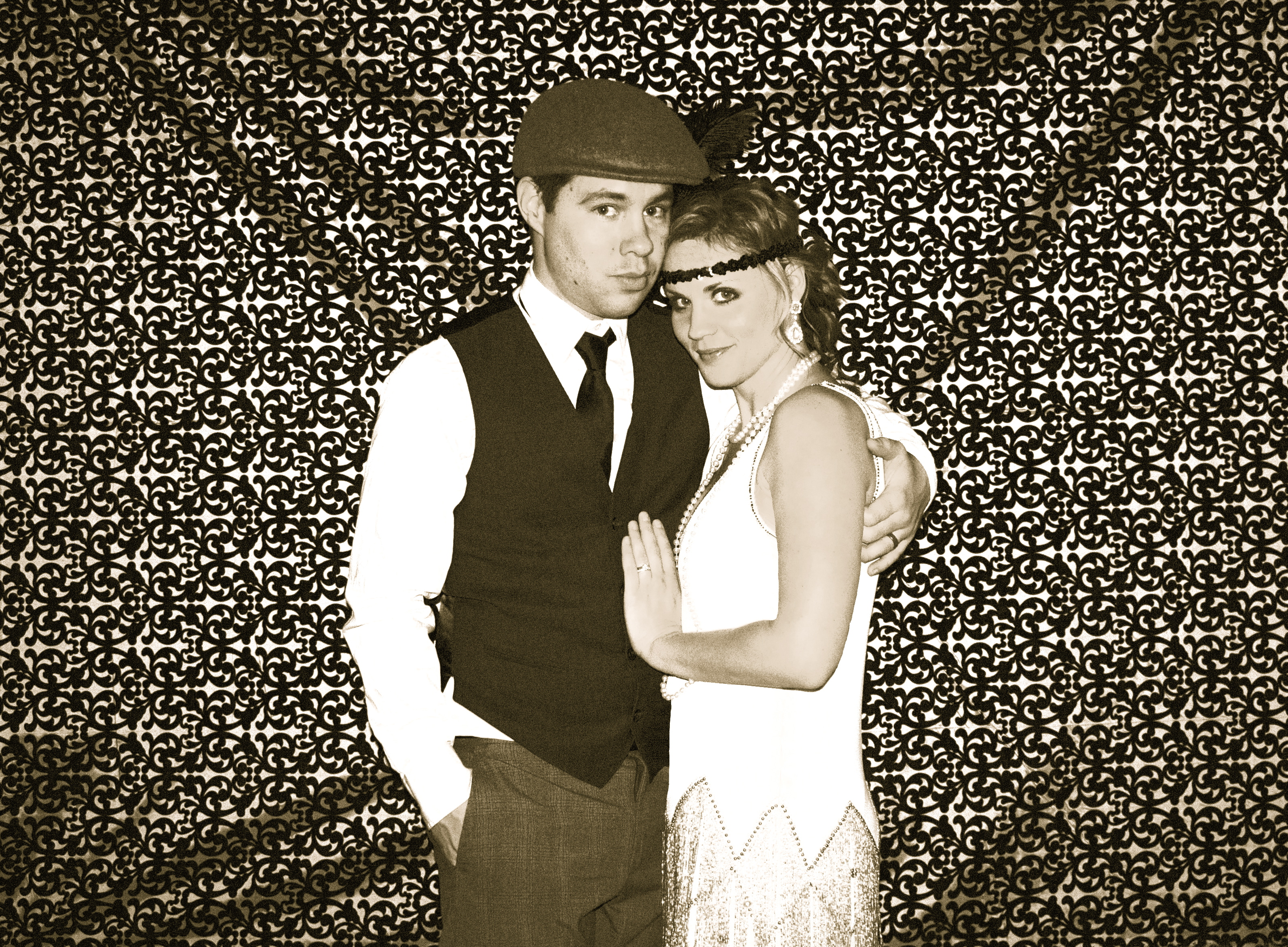 Displaying 19 gt images for 1920s speakeasy party